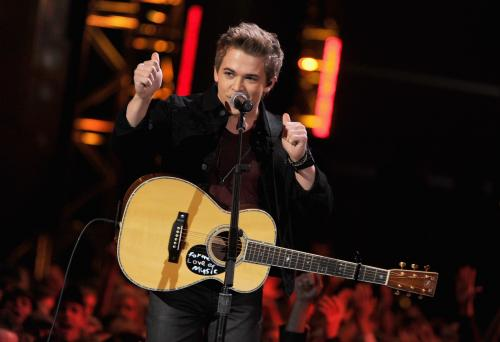 Hunter Hayes Promises To Live Tweet The GRAMMYs