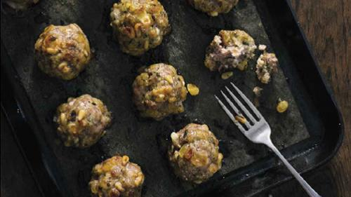 Pat LaFrieda's Recipe For Pork Meatballs With Toasted Pignoli