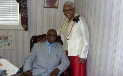 Sunday Morning Praise Pastor Of The Week Goes To.....Rev. Clinton Sorrells Sr.
