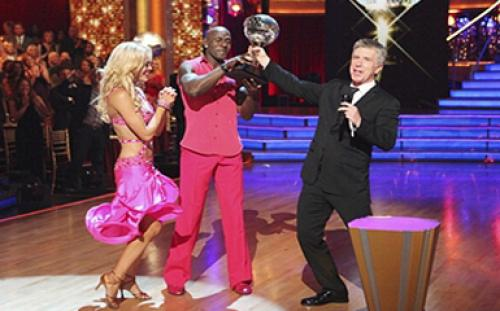 The Sports Kings: NFL's Driver Captures Mirrorball...