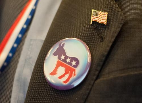 Top Democrat Steps Down