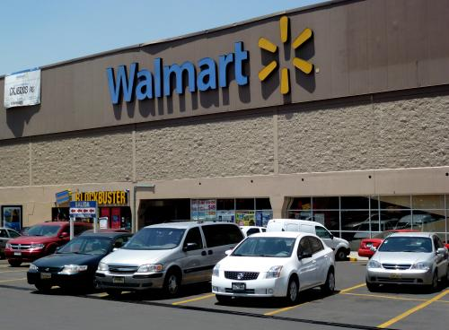 Wal-Mart Urging Retailers To Reject $6B Credit Card Fee Settlement